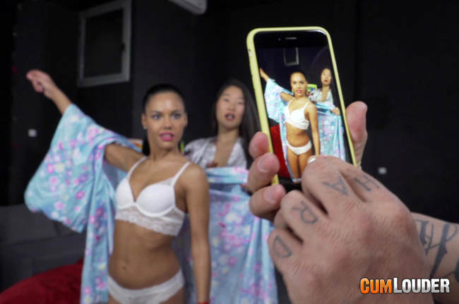 http://join.es.cumlouder.com/track/videochat.1.2.2.0.7571.0.0.0/videos/apolonia-inicia-a-katana/